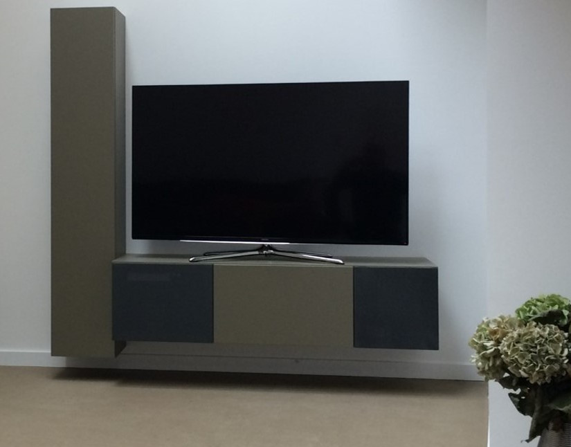 Meuble télé chambre